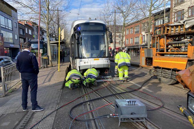 BFM Ongeval Tram Mortsel 08