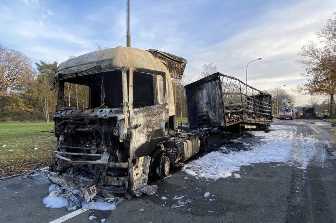 BFM Vrachtwagenbrand E34 Vorselaar 14